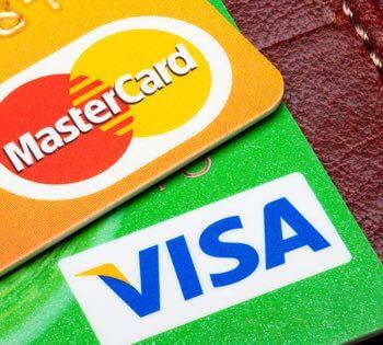 Visa og MasterCard: verdens mest brukte kredittkort. Foto: Juri Samsonov.